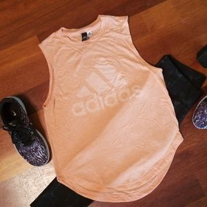 ADDIDAS Lt Coral Slvless Active Musxle T L?